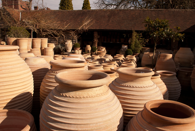 Greek pots and urns lisa cox garden designs blog for Garden designs with pots