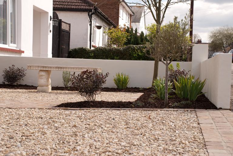 Painted rendered walls lisa cox garden designs blog for Rendered garden wall designs