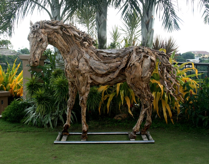 Alethea-sculpture-James-Doran-Webb.jpg