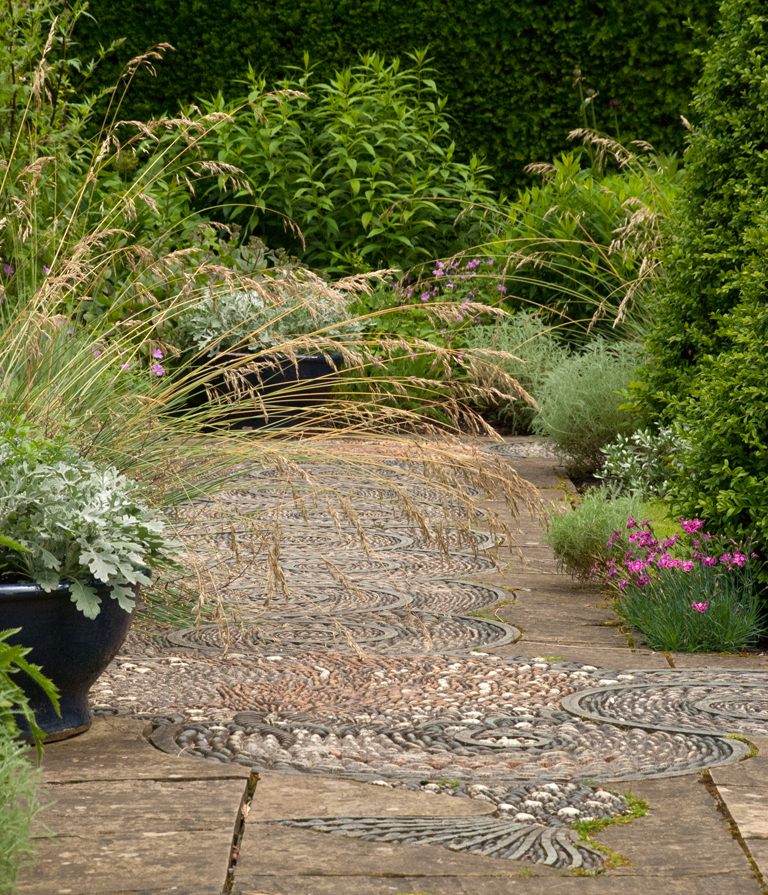 How To Choose Paving Lisa Cox Garden Designs Blog