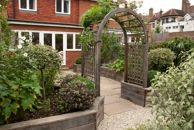 How To Design A Garden how to design a garden during my life i have had all manner of outside space from tiny dark courtyards to long thin gardens and sometimes none at all Posts Tagged Small Garden Design