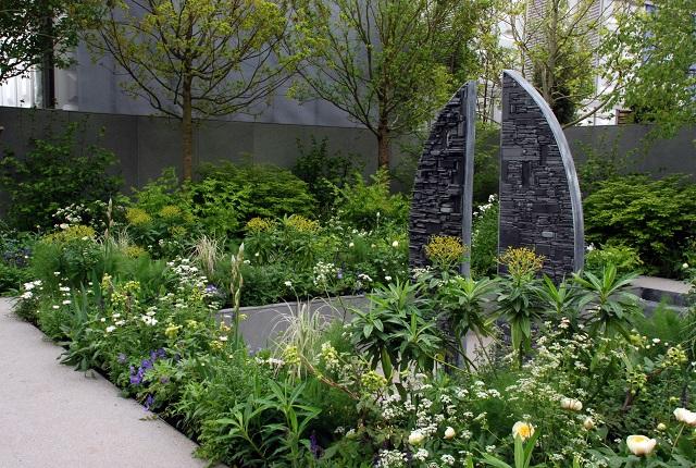 Stop the Spread - Chelsea 2013 garden by Jo Thompson