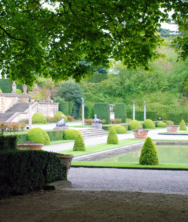 Formal water gardens at Blenheim Palace by Lisa Cox