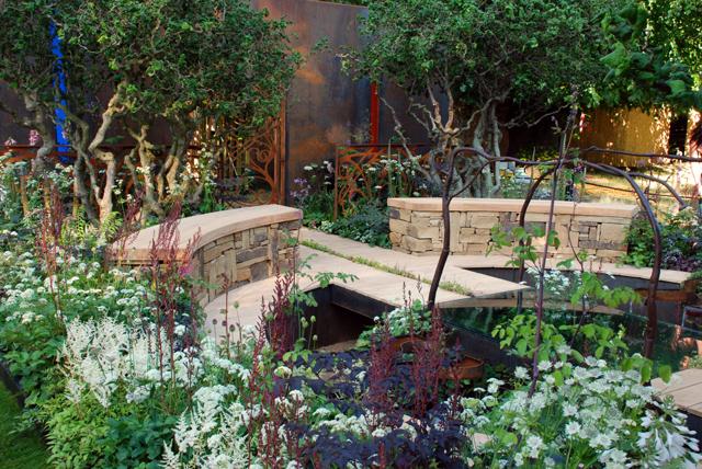 A Cool Garden at RHS Hampton Court 2013 Lisa Cox