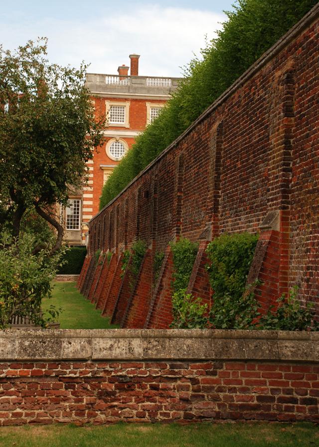 Amazing wall at Hampton Court Palace Lisa Cox