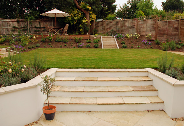 Dealing with sloped gardens lisa cox garden designs blog for Sloping garden design ideas
