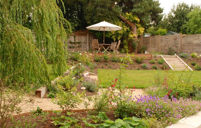 Leatherhead garden design Lisa Cox