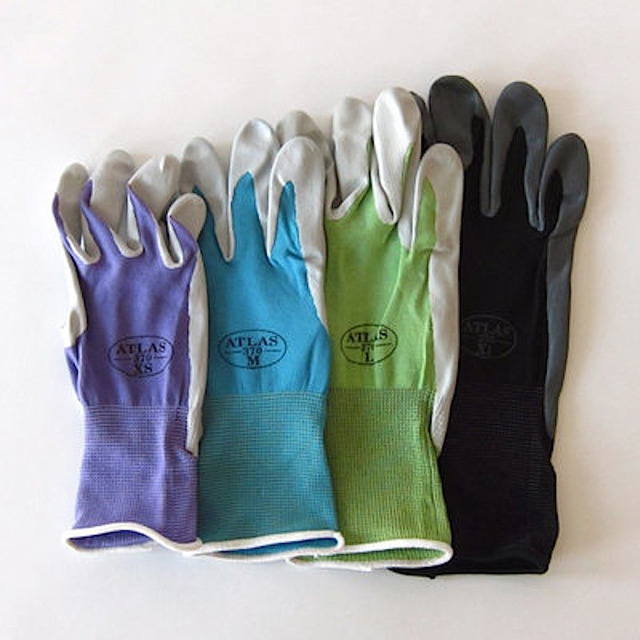 Atlas gardening gloves gardenista