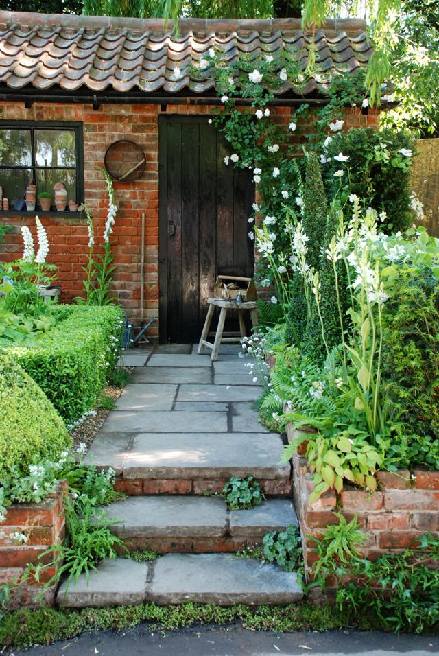 Topiarist's Garden RHS Chelsea Lisa Cox 2014