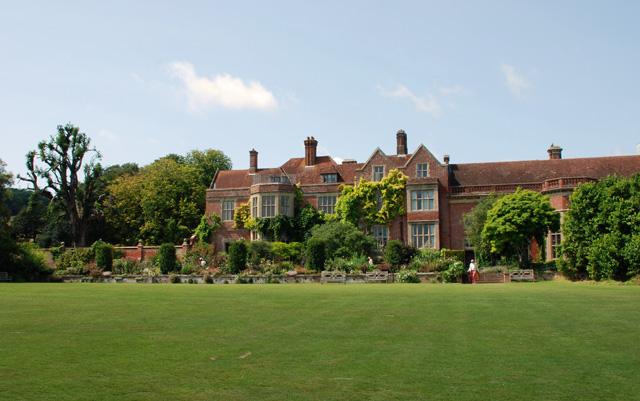 Glyndbourne Manor Lisa Cox Garden Designs - Copy