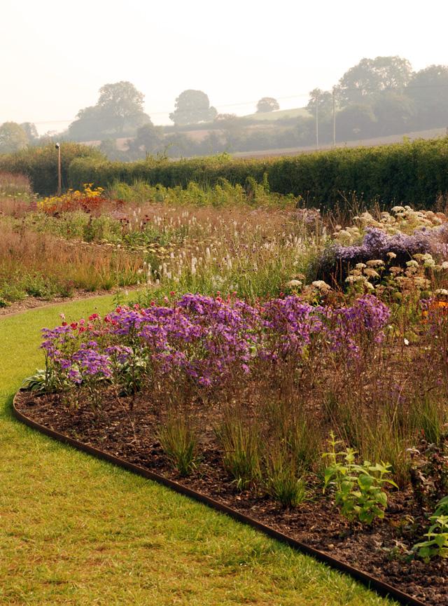 Hauser Wirth borders Lisa Cox Garden Designs