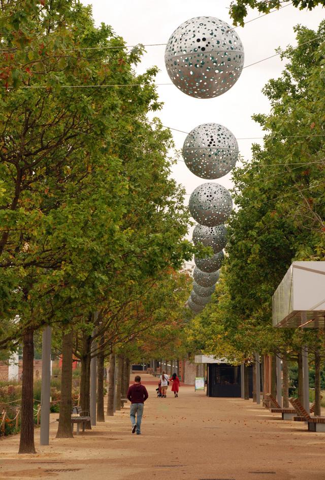 Queen Elizabeth Olympic Park Walkway Lisa Cox Garden Designs
