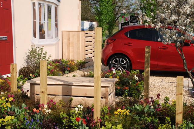 Front garden design Lisa Cox RHS Cardiff 2015