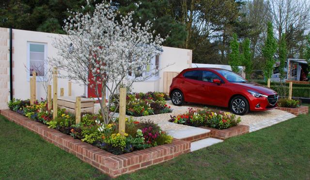 Lisa Cox Cardiff Flower Show 2015 RHS Mazda Garden