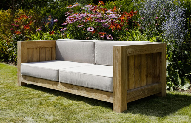 Outdoor furniture by Oxenwood | Lisa Cox Garden Designs Blog
