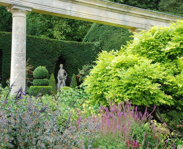 Iford Manor Peto Garden Lisa Cox Designs