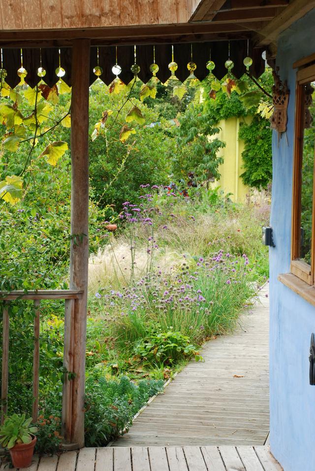 Noel Kingsbury pavillion at Montpelier Cottage Lisa Cox Designs