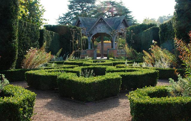 Formal gardens at Hampton Court Castle Lisa Cox