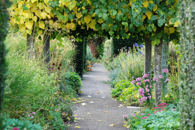 Hampton Court Herefordshire Lisa Cox