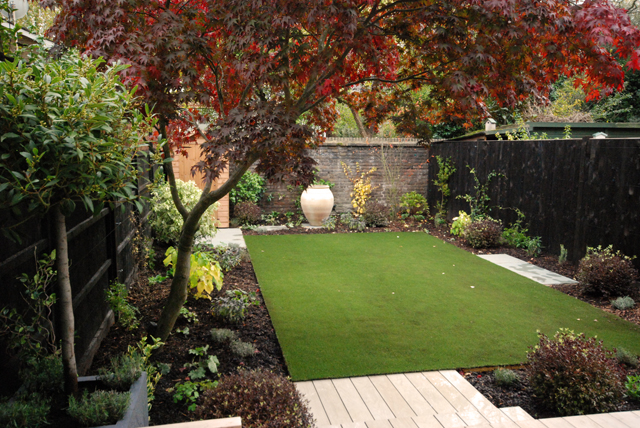 From the drawing board finished garden in chiswick lisa for Planting a garden