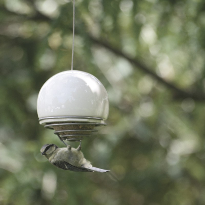Fat ball feeder by Hen and Hammock