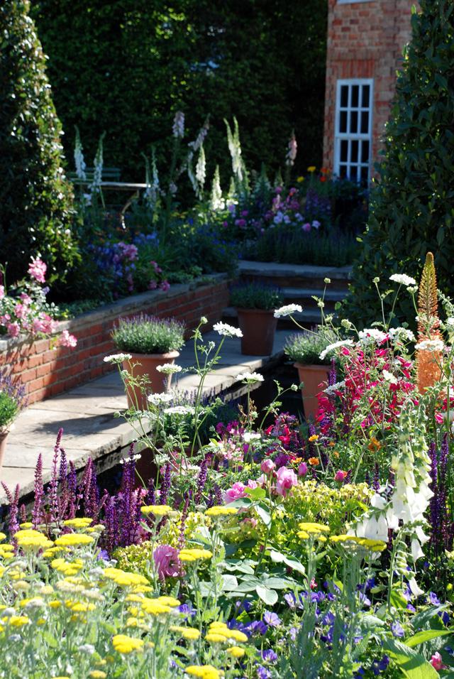 Harrods British Eccentrics Garden RHS Chelsea 2016 Lisa Cox