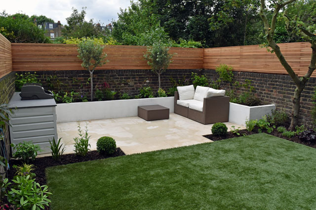 Seating area in Hammersmith garden Lisa Cox Designs