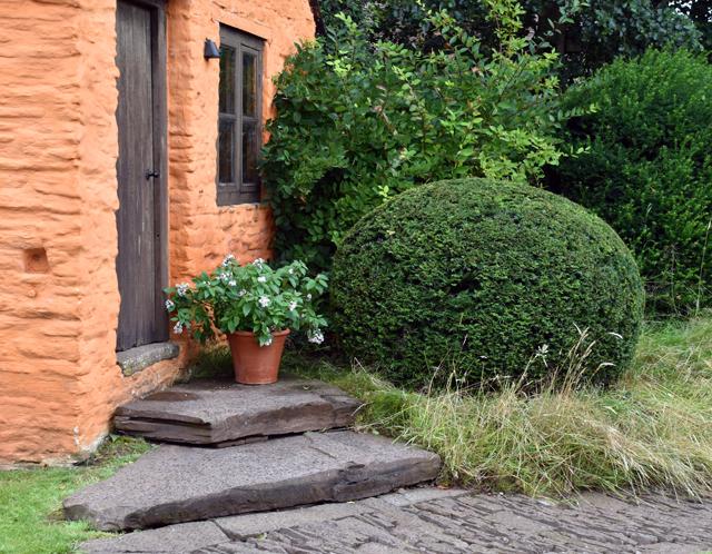 Gorgeous cobbles & steps at Allt-y-bela Lisa Cox