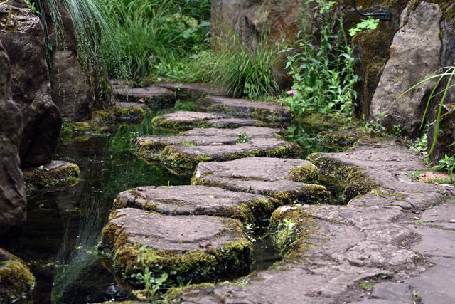 Stepping stones entrance Dewstow Lisa Cox Designs
