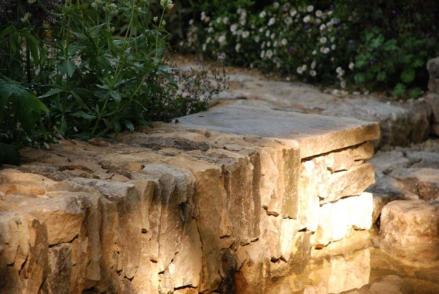 Stone wall cleve west chelsea 2011