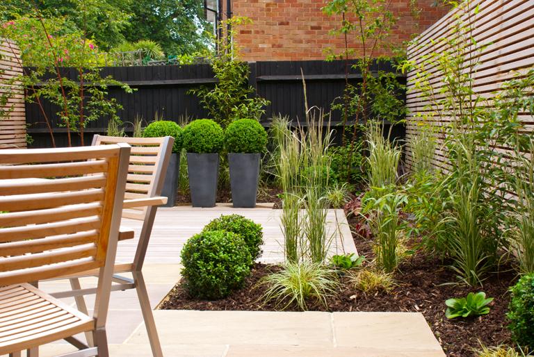 Contemporary garden design lisa cox garden designs blog for Told in a garden designs