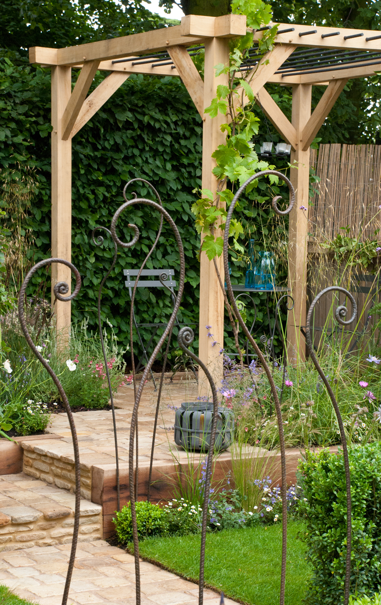 Reclaimed scaffold boards lisa cox garden designs blog for Garden design ideas blog