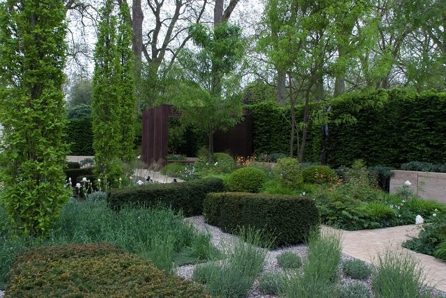 Laurent Perrier Gdn Chelsea 2013
