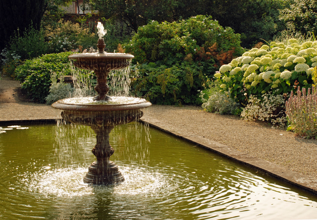 The White Garden Fountain Loseley Lisa Cox Designs