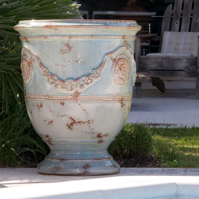 Anduze Vases Lisa Cox Garden Designs Blog