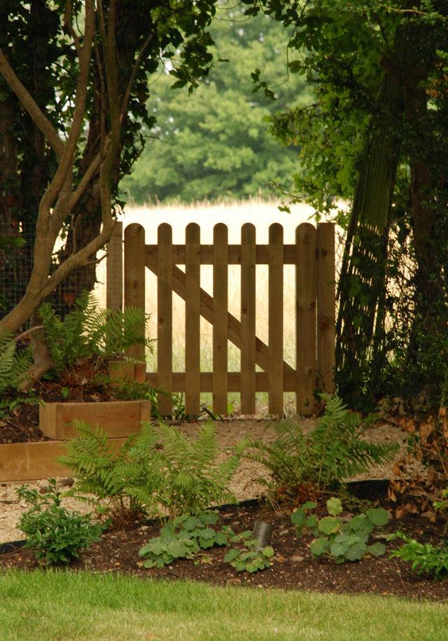 Gate to Horsley Heath Lisa Cox Garden Designs