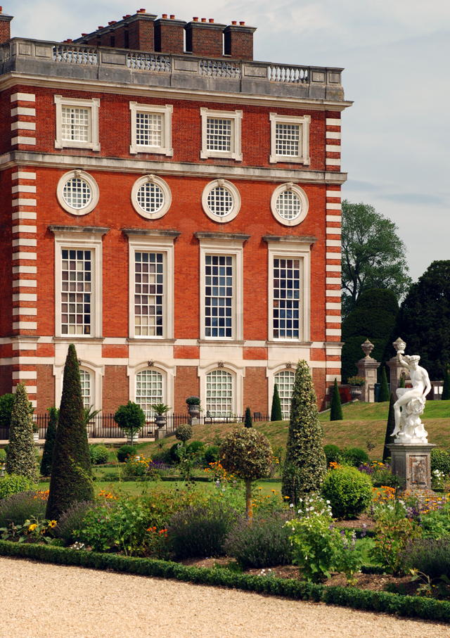 The Privy garden at Hampton Court Palace Lisa Cox