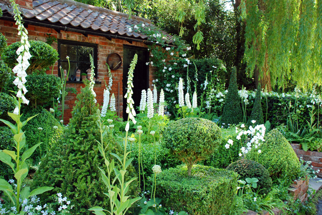 Artisan Opera Garden RHS Chelsea 2014 Lisa Cox
