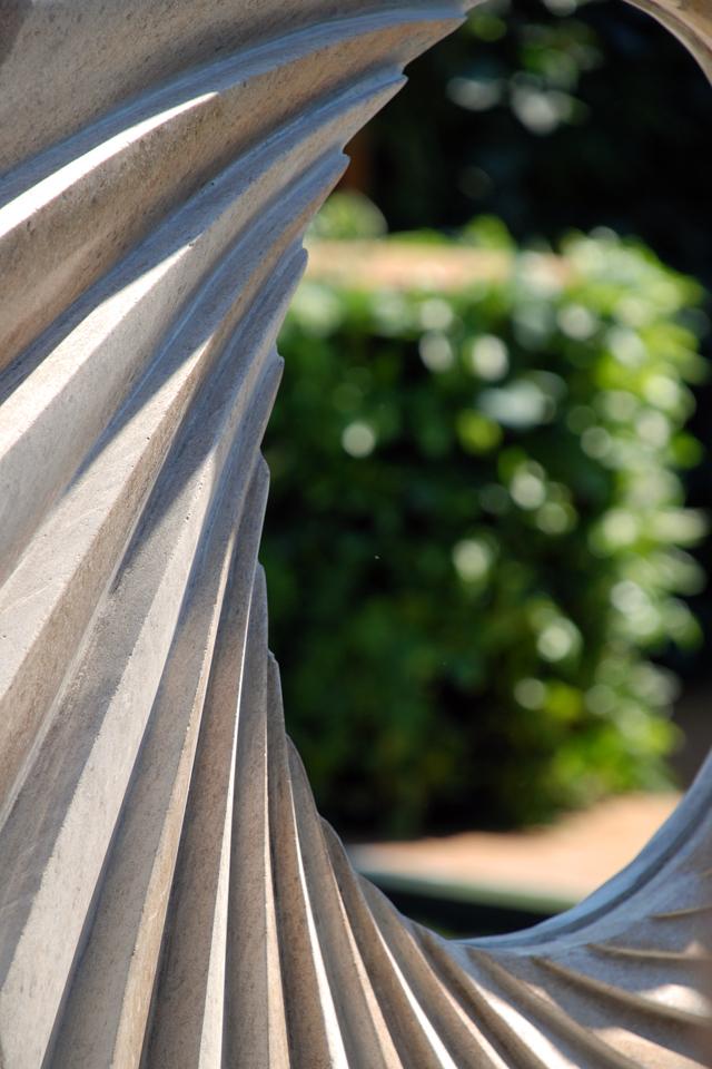 Sculpture by Nicolas Moreton RHS Chelsea 2014 Lisa Cox