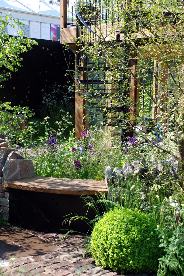 The Night Sky Garden Cheslea 2014 Lisa Cox Designs
