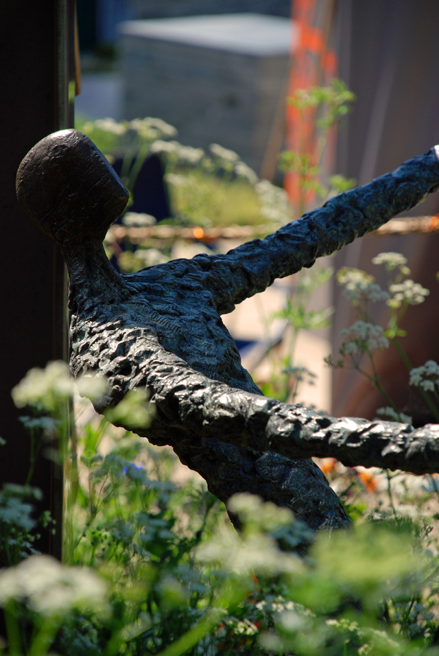 The WellChild Garden sculpture at RHS Chelsea 2014 Lisa Cox