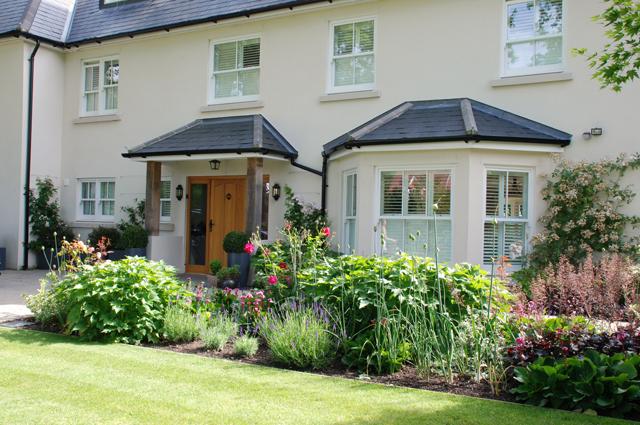 Oxshott front garden Lisa Cox Designs