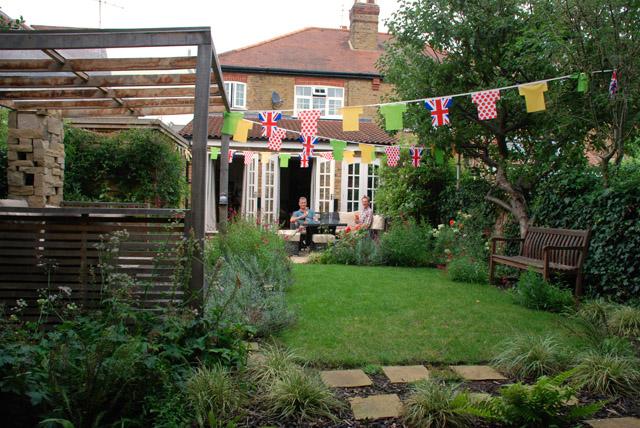 Twickenham garden Lisa Cox Garden Designs