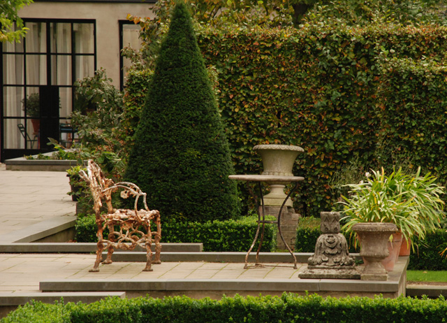 Formal garden at Villa Augustus Hotel Lisa Cox Designs