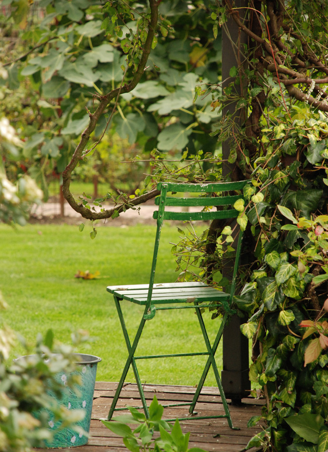 Green chair & terrace Hotel Villa Augustus Lisa Cox Garden Designs