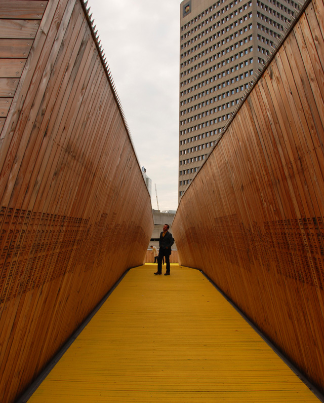 Rotterdam Citizens Crowdfund wooden walkway Lisa Cox Garde Designs