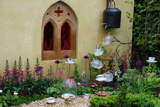 Alice in Wonderland garden at RHS Malvern 2015 Lisa Cox