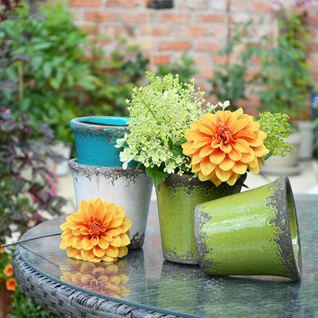 Rustic coloured pots by Mia Fleur