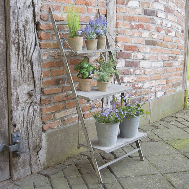 Wintage style ladder by Mia Fleur