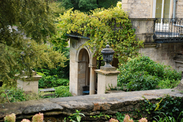 Loggia at Iford Manor Lisa Cox Garden Designs
